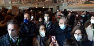 Se il Covid va a spasso nelle sale dei Musei Vaticani