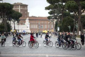 blocco_traffico_domenica_ecologica_biciclette