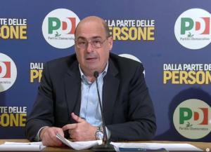 Nicola Zingaretti durante una riunione del partito Democratico