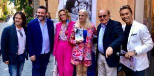 """Grande successo per l'evento d'arte """" Una vita a colori e…musica"""" e la presentazione del libro """"Mio padre Little Tony""""  al Margutta Home di Roma"""
